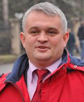Iacoban schimbă palatele: din Roznovanu, direct în cel al Parlamentului!
