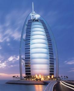Cine-a pus Dubaiu'-n  drum. Ăla n-a fost om nebun...