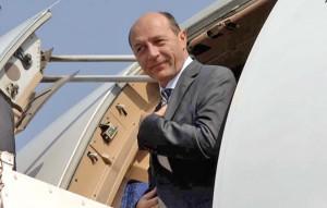 Menistrul Felu i-a copt-o lui Băselu: l-a trimis pe jos la Bruxelles