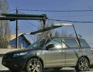 Bomba-tiribomba: Procurorii le-au pus gând rău hingherilor care sechestrează mașinile din Iași