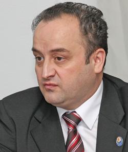 Poșta redacției: Demisia lui Nicușor Păduraru