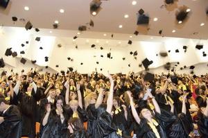 studenti_absolvire